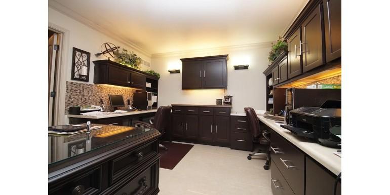 3 variante de dulapuri de birou din lemn, pentru work from home!