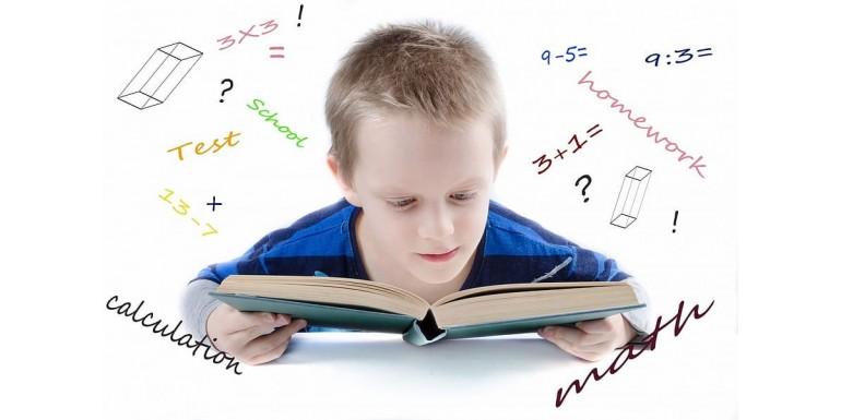 4 modele de tabla magnetica pentru copii, din care sa alegi varianta ideala!